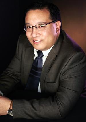 Victor Li smiling