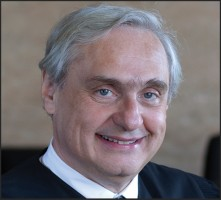 Former Clerks Accuse 9th Circuit Judge Alex Kozinski of Making Sexual Comments