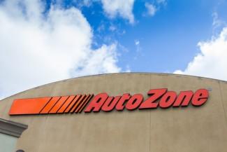 Photo_of_AutoZone_sign