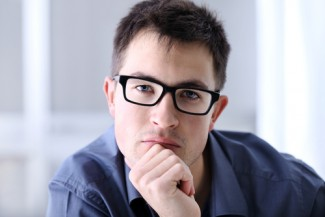 Photo_of_man_with_glasses