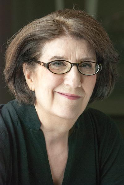 Carolyn Cox headshot