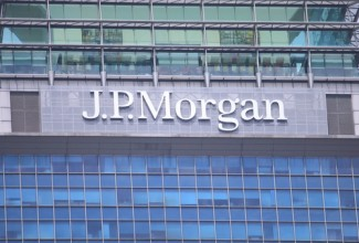 Photo_of_JPMorgan_sign