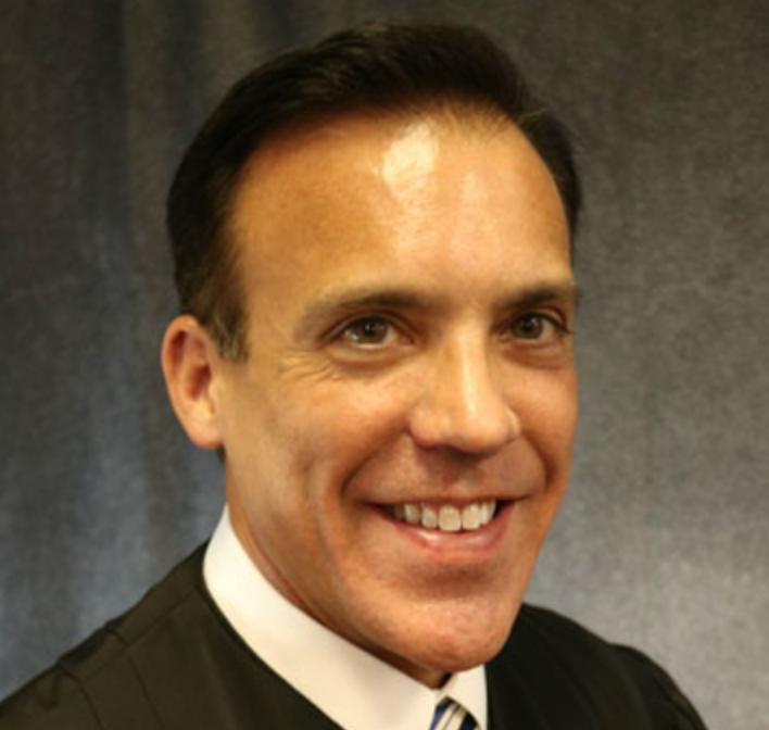 Judge John Van Laningham headshot