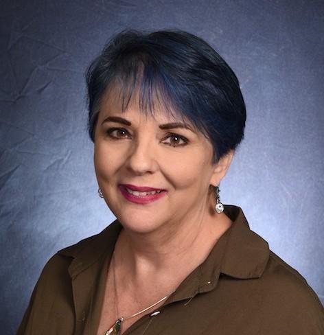 Lisa Carney headshot