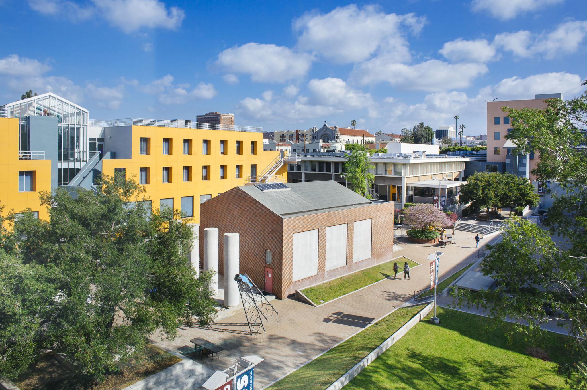 LoyolaLawSchool1