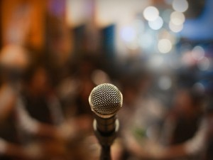 Photo_of_microphone