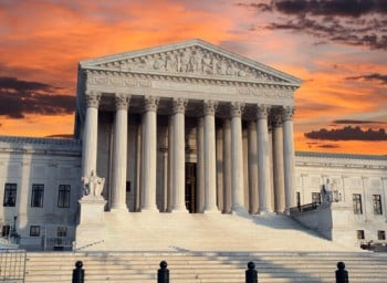 SCOTUS rules 6-3 for inmate whose lawyer refused to file appeal notice because of waiver