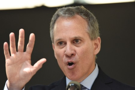 Schneiderman sues anti-abortion protesters