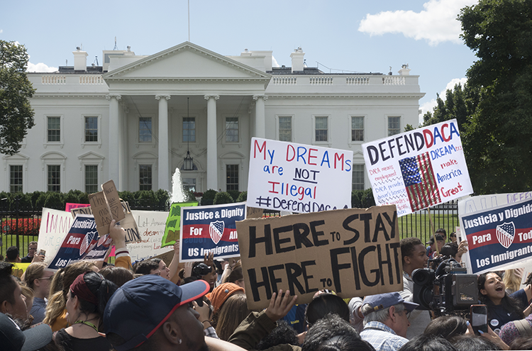 Protesters in front of the White House