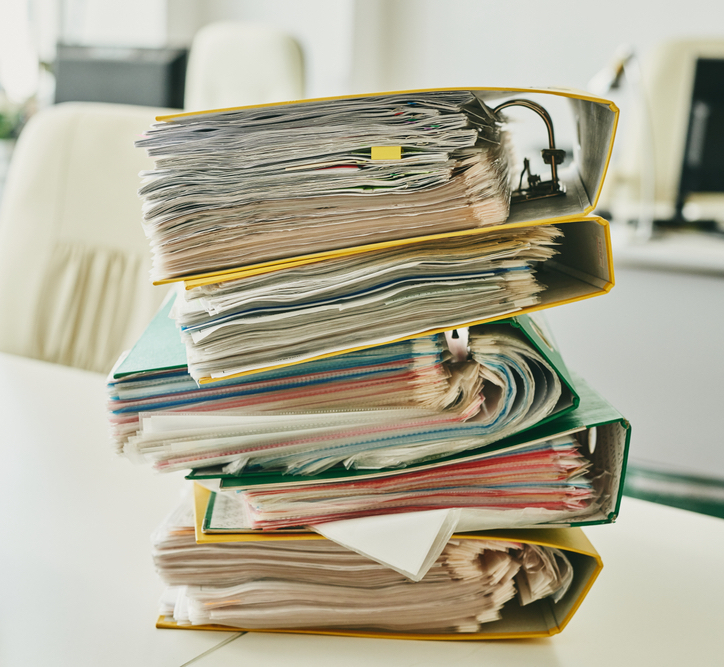 shutterstock_case backlog folders