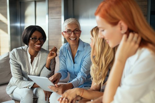 shutterstock_diverse group of business women