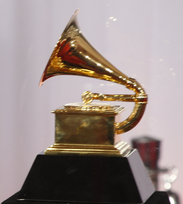 grammys award statue