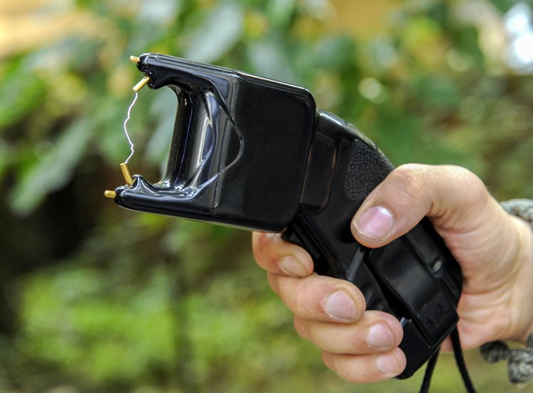 Massachusetts High Court Retreats On Stun Gun Ban