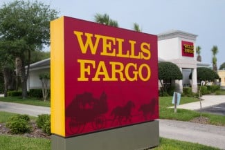 Against Shareholder Executives Fargo Toss Judge Refuses Wells Suit To Federal